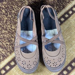 💋Muk Luks Ballet Flats Tan Brown